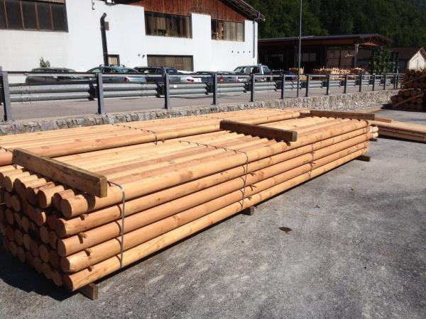 larch poles cut to size casolla legno ecological